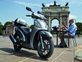 Scooter Kymco PEOPLE GTi 125 CBS (Topcase) Euro 4 Image 1
